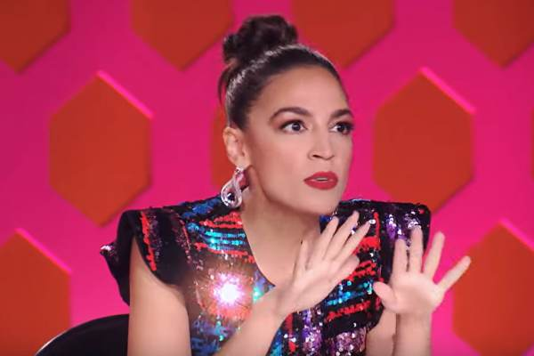 'I Pledge Allegiance To The Drag': Alexandria Ocasio-Cortez to Be Guest Judge on RuPaul's Drag Race This Week (VIDEO)