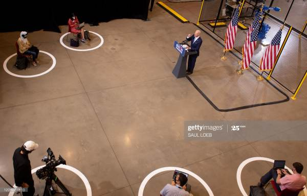 joe-biden-pittsburgh-speech-6-reporters-600x384.jpg