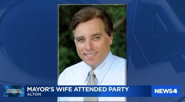 "Illinois Mayor Calls on Police to Crack Down on ""Stay-at-Home"" Violators – Then 48 Hours Later They Catch His Wife at a Bar"